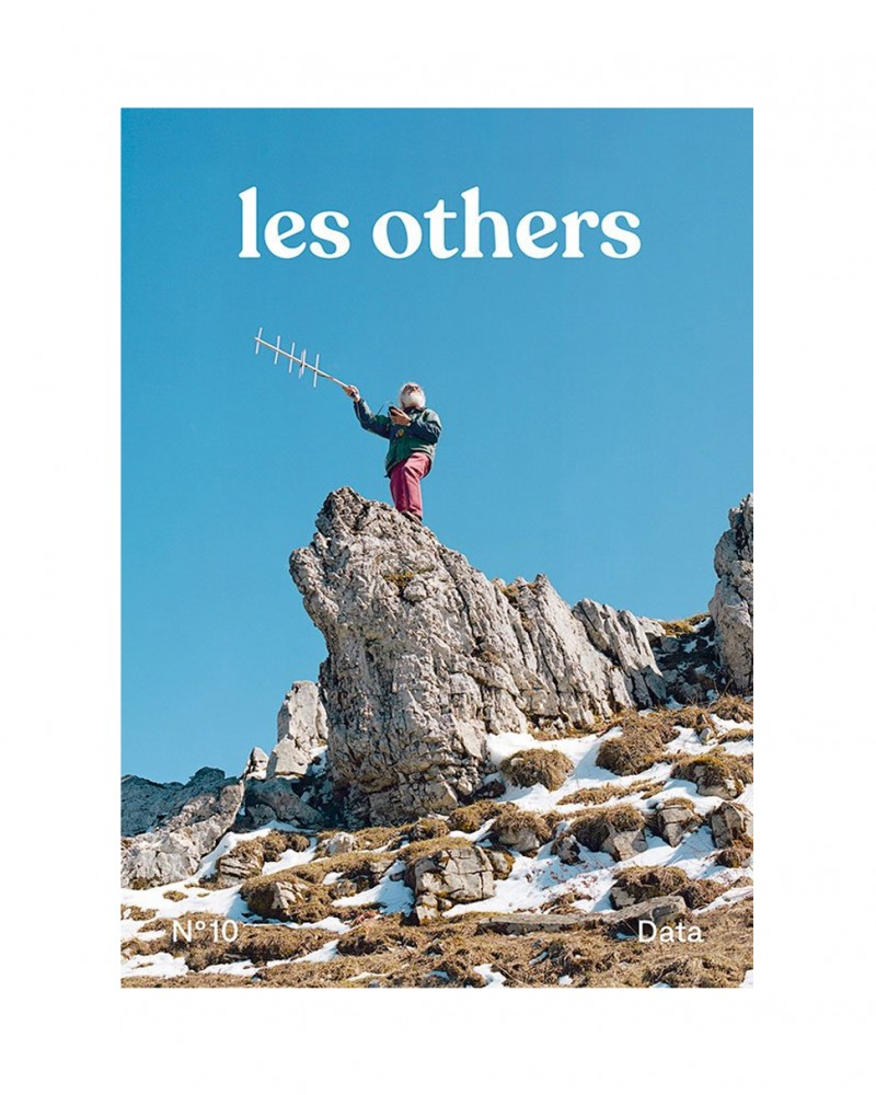 LES OTHERS MAGAZINE VOLUME 10: DATA